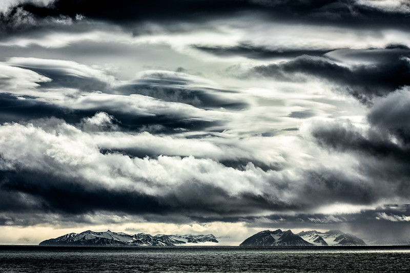 Majestic clouds over Arctic Mountains-13.jpg