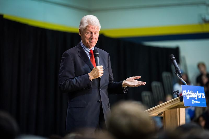 President Bill Clinton @ TCNJ 5-13-2016-15.jpg
