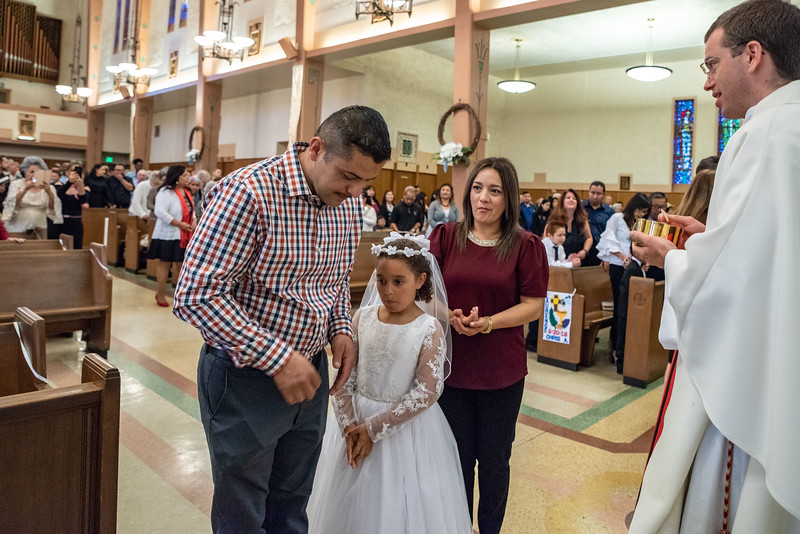 180520 Incarnation Catholic Church 1st Communion-103.jpg