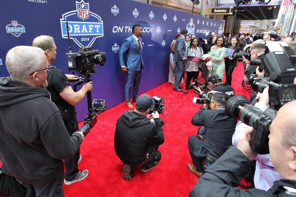 . <b>OTHERS RECEIVING VOTES</b> <p> Red carpets, Derek Carr, Zygi Wilf, Greg Robinson, Adam Schefter, Mike Evans, Houston Texans, Jacksonville Jaguars, Jake Matthews, C.J. Mosley, Todd McShay, Aaron Donald, Jimmy Garoppolo, Bill de Blasio, Justin Gilbert, NFL Network, Darqueze Dennard. <p> <br><p><i> You can follow Kevin Cusick at <a href=\'http://twitter.com/theloopnow\'>twitter.com/theloopnow</a>.</i>    (AP photo/The Buffalo News, James P. McCoy)
