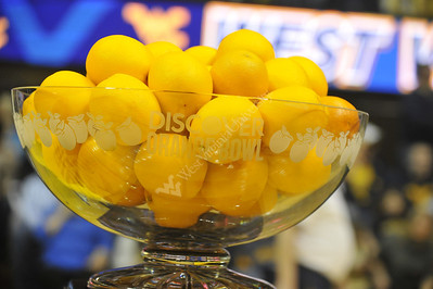 28088 - Orange Bowl Presentation at halftime of Cincinnatti Basketball Game