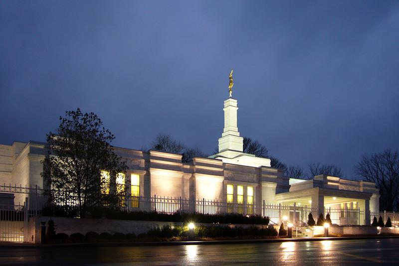 LouisvilleTempleTwilight4.jpg
