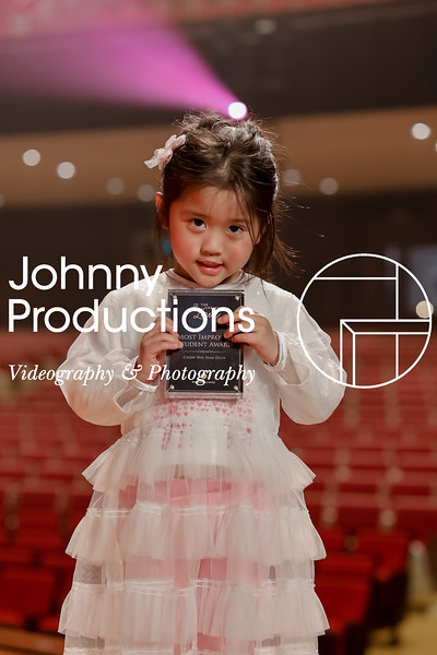 0003_day 1_award_red show 2019_johnnyproductions.jpg