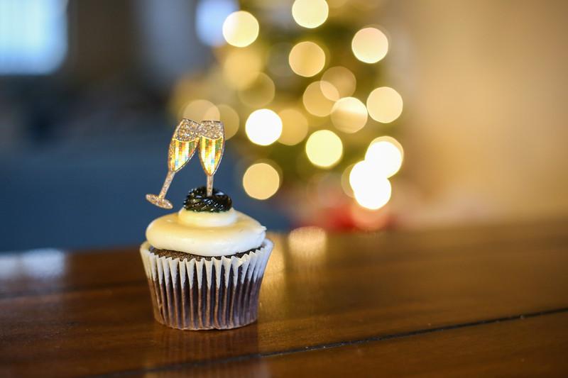 2019-12-31_NYE-Cupcake-4879.jpg