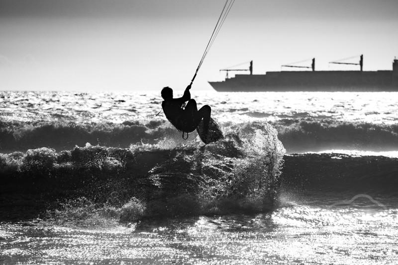 Wave-5931.jpg