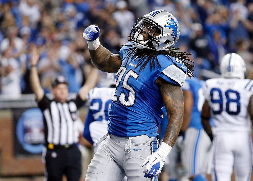 Description of . Detroit Lions running back Mikel Leshoure (25) reacts after scoring a touchdown during the second quarter of an NFL football game against the Indianapolis Colts at Ford Field in Detroit, Sunday, Dec. 2, 2012. (AP Photo/Rick Osentoski)