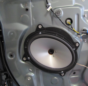 2007 Toyota Camry XLE Front Speaker Installation - USA
