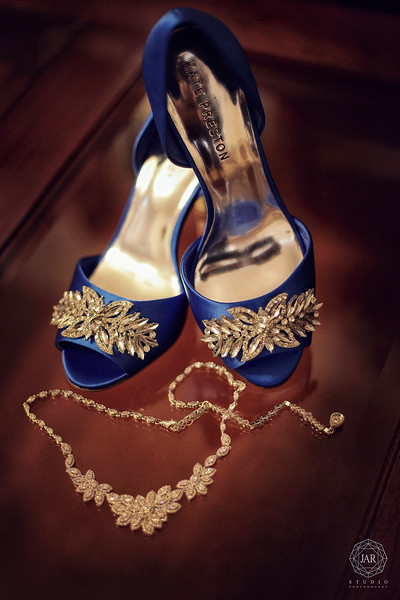 02-blue-wedding-shoes-katepreston-orlando-photographer.JPG