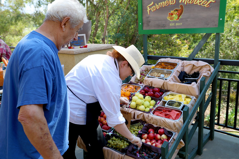 Farmers Market -29.JPG