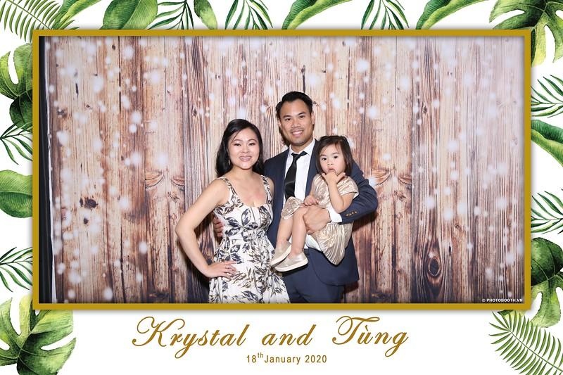 Krystal-Tung-wedding-instant-print-photo-booth-in-Ho-Chi-Minh-City-Chup-hinh-lay-lien-Tiec-cuoi-WefieBox-Photobooth-Vietnam-027.jpg