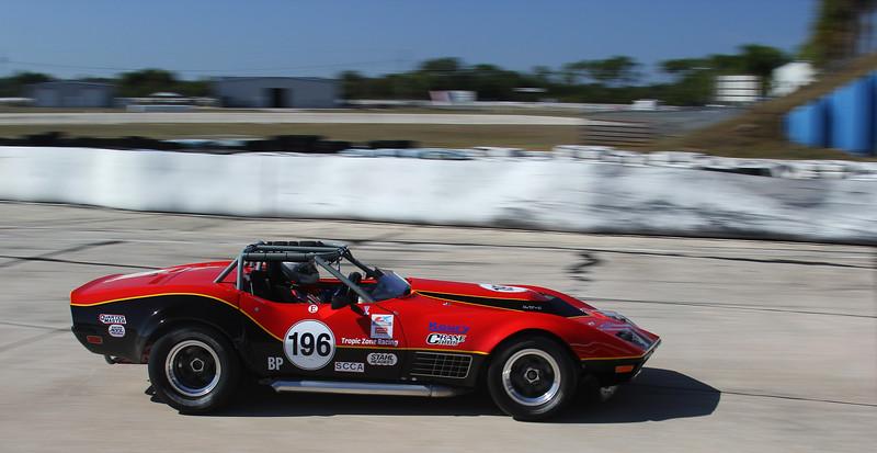 HSR-SebClassic-12-3-16_0105-#196-Corvette.jpg