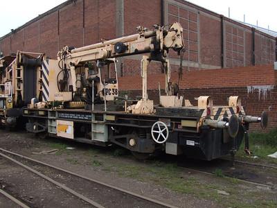 ZYR - Plasser & Theurer GPC-38 Rail Mounted Crane Wagon