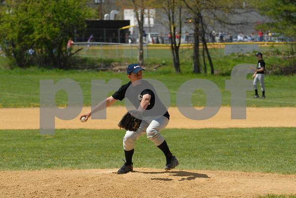 Wallkill Yankees vs Wallkill White Sox - 2:00 - 5-5-07