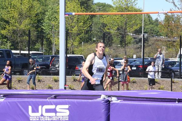 2013-05-04 UW Track & Field Meet - Mens High Jump