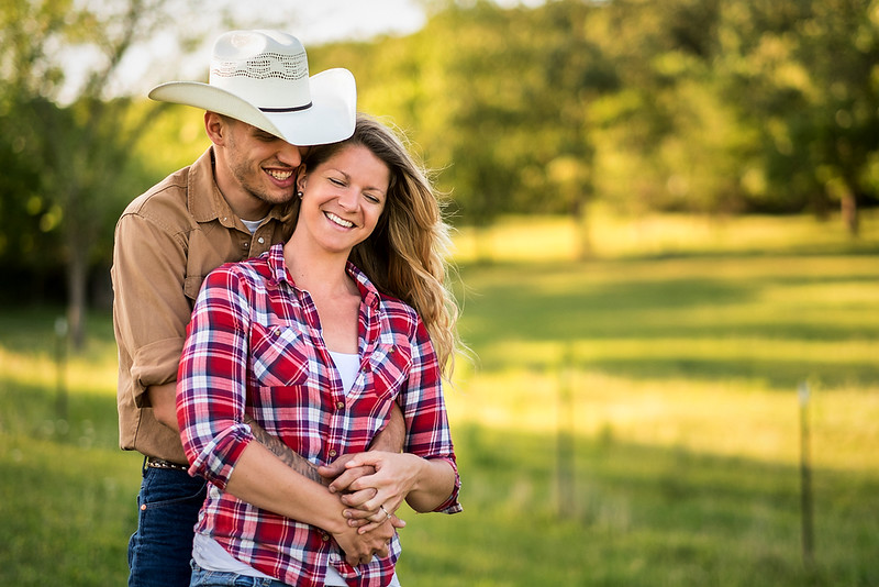 Kevin_Amanda_Country_Engagement_Blue_Photos_Jefferson_City_MO_Wedding_Photography -001.jpg