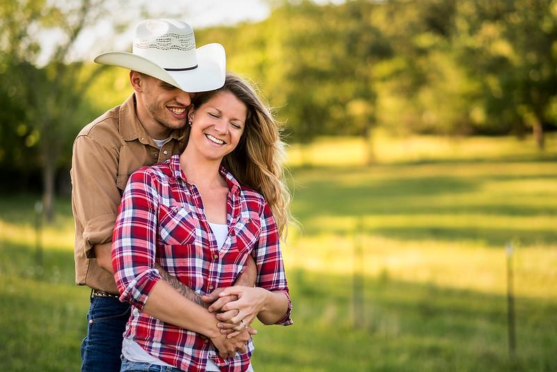 Kevin_Amanda_Country_Engagement_Blue_Photos_Jefferson_City_MO_Wedding_Photography -001.jpg