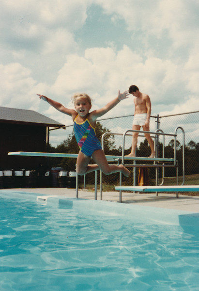 1983 08 Pool Day Weiners & Gloddys
