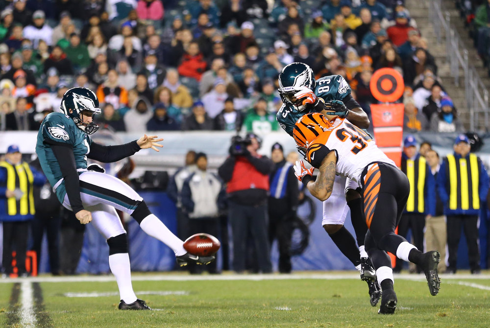 Description of . Mat McBriar #1 of the Philadelphia Eagles has his punt blocked by  Dan Herron #34 of the Cincinnati Bengals during their game at Lincoln Financial Field on December 13, 2012 in Philadelphia, Pennsylvania.  (Photo by Al Bello/Getty Images)