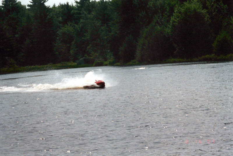 2003_August_Jet-Skis_0010_a.jpg