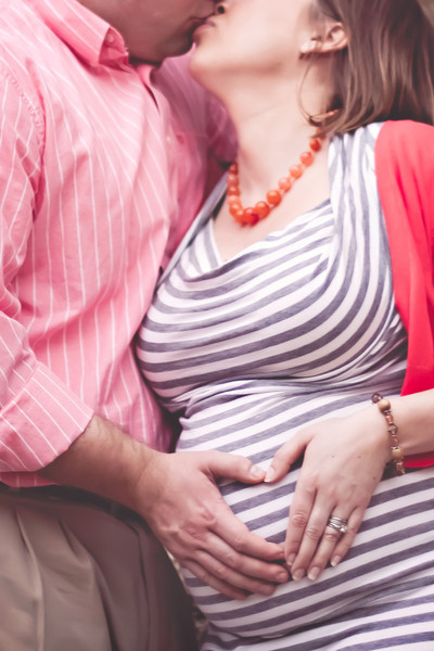 20120318 Hennigh Couple Baby Bump-4189-Edit-2-Edit.jpg