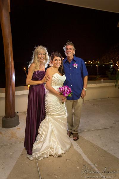 264__Hawaii_Destination_Wedding_Photographer_Ranae_Keane_www.EmotionGalleries.com__140705.jpg
