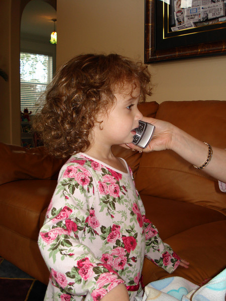 Emily SInging to Aunty Anne.jpg