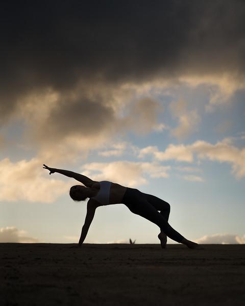 IG - Hawaii - Madeleine Russick - Yoga-709.jpg