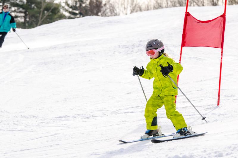 Standard-Races_2-7-15_Snow-Trails-25.jpg