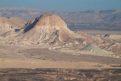 Har Kipa, Ashosh Cliffs, Nahal Re'im, har Nishpe, long ridge, to  Har Meshar,