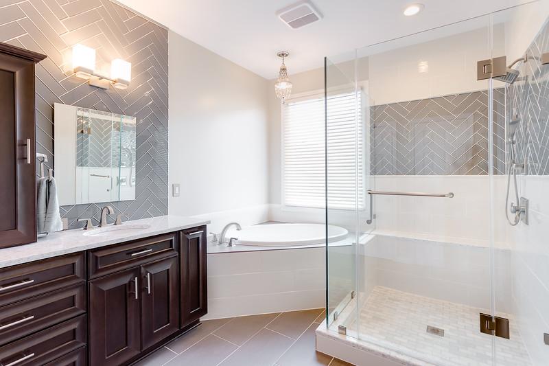 322Alfandre-bathroom-2b.jpg