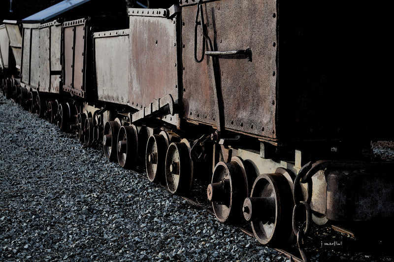 iron wheels 1-12-2011.jpg