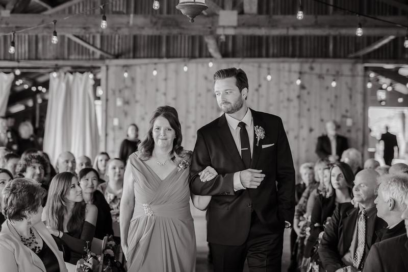 Seattle Wedding Photographer-718.jpg