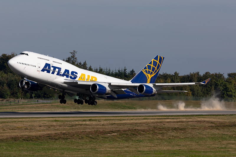 Atlas Air / Boeing 747-400 / N464MC