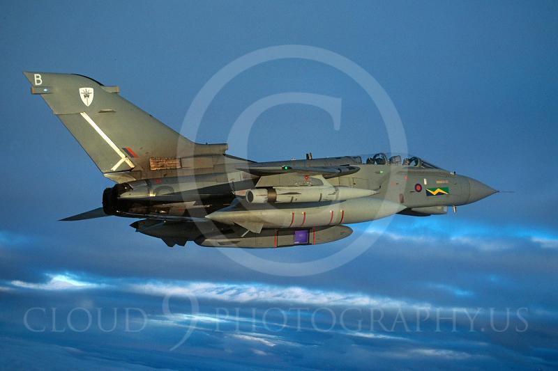 Panavia Tornado 00118 Panavia Tornado British RAF December 2003 via African Aviation Slide Service.JPG