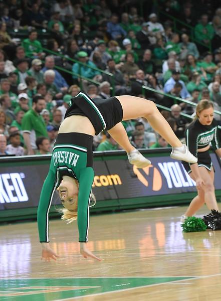 cheerleaders1897.jpg