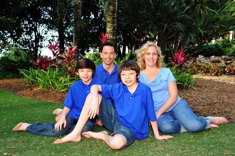 Sue's Grandezza's family Portraits 086.JPG