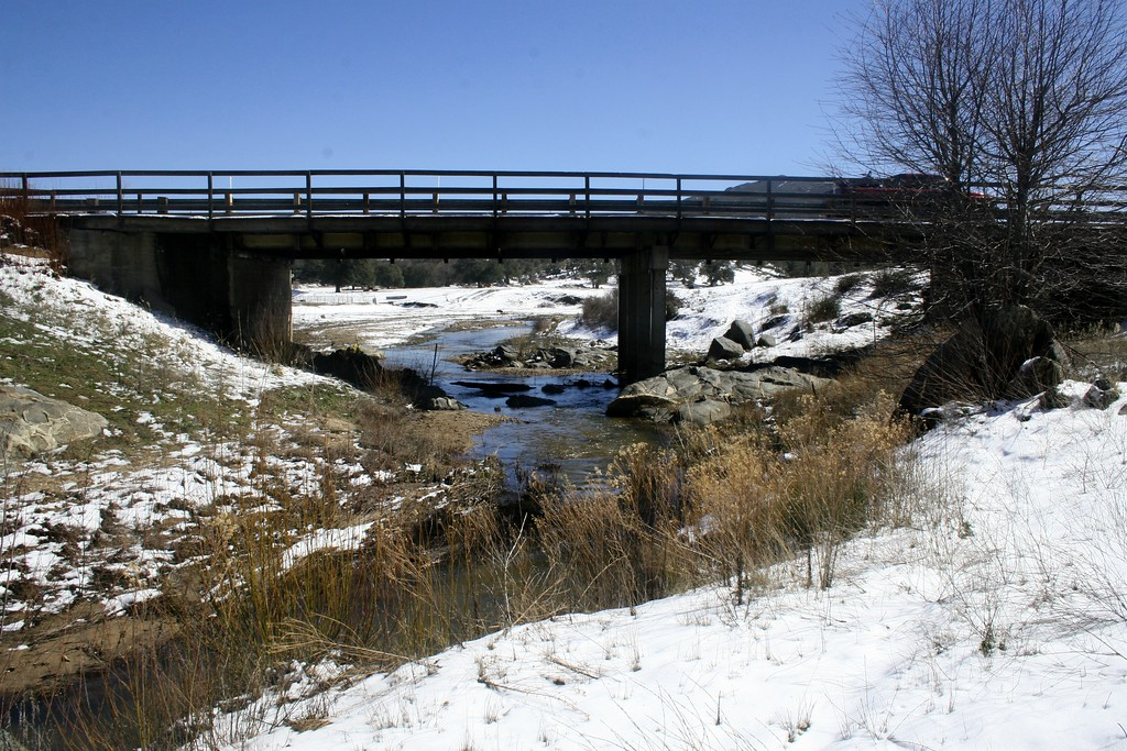 Bridge over the Sweetwater River in winter (old bridge). Descanso, CA