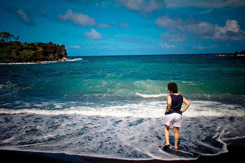 road to hana black sand beach mom 4.jpg