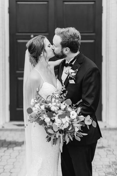 427_Ryan+Hannah_WeddingBW.jpg