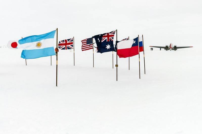 South Pole -1-5-18079134.jpg