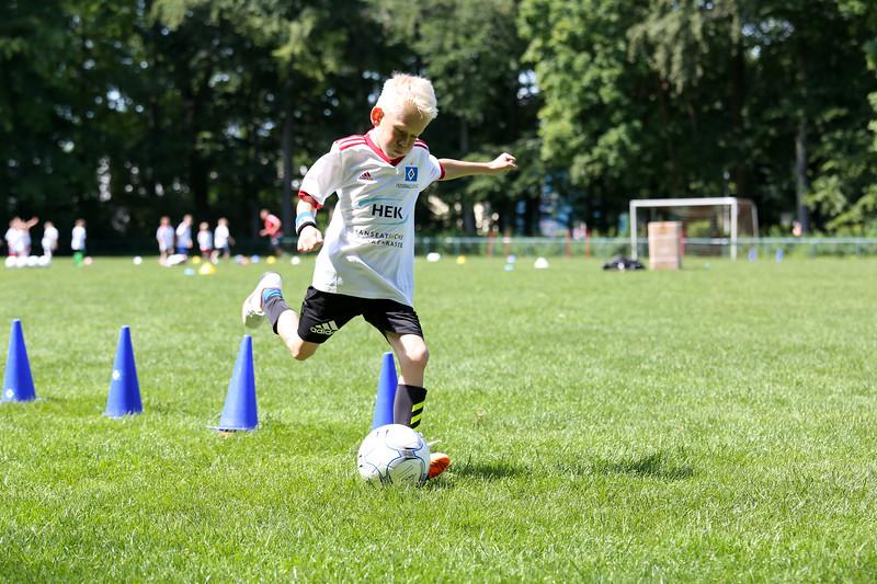 hsv_fussballschule-486_48047998718_o.jpg