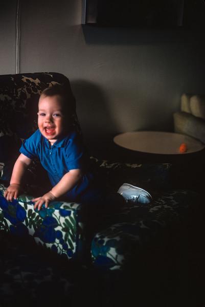 1975-04 Jon Broad.jpg