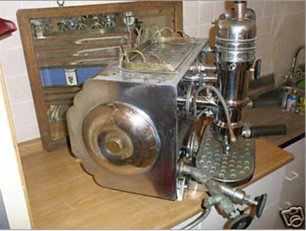 Antique Espresso Machine 5c.png
