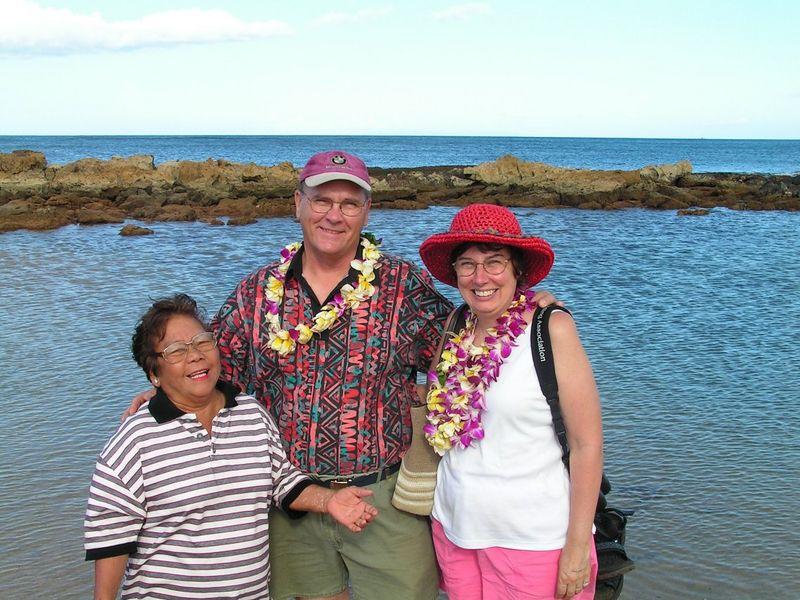 Pict3287s, Tom, Jan & local woman, Marcy, Salt Pond Beach, Hanapepe, 8am, aug 19, 2005.jpg