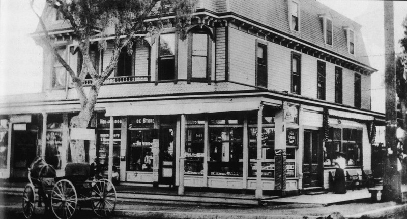 1901-HollywoodThen_amp_Now-021a.jpg