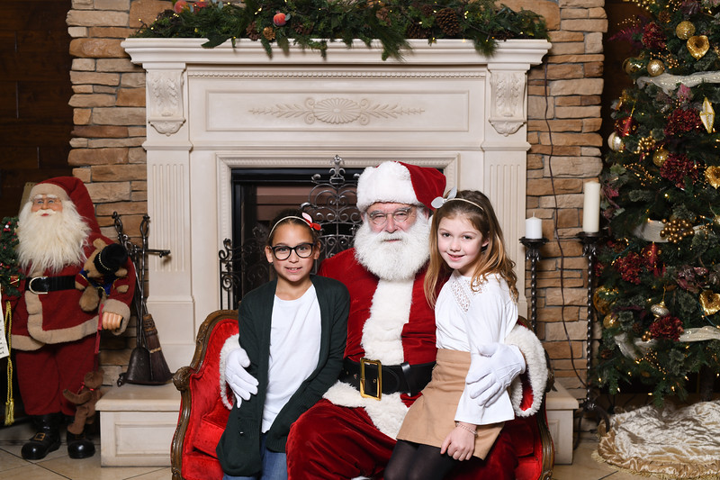Santa2018.TylerBoye.-13.jpg