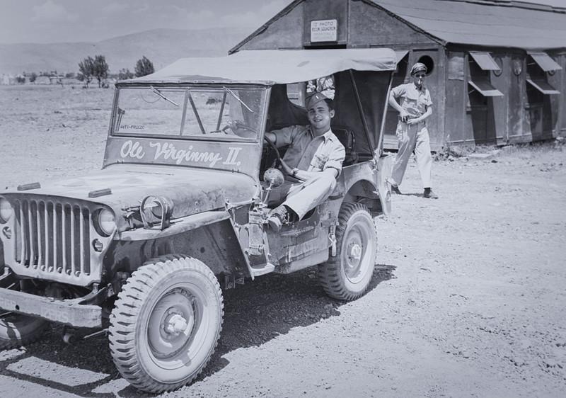 Italy 1945--14.jpg