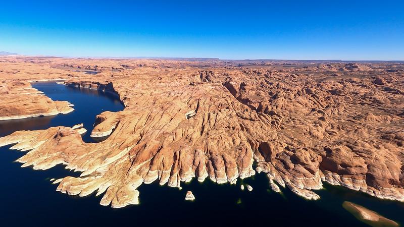colorado-river-lake-powell-lighthawk-gopro8-card2-142.jpg