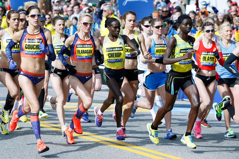 . Participants start in the elite women\'s division of the 117th running of the Boston Marathon in Hopkinton, Massachusetts April 15, 2013. REUTERS/Dominick Reuter