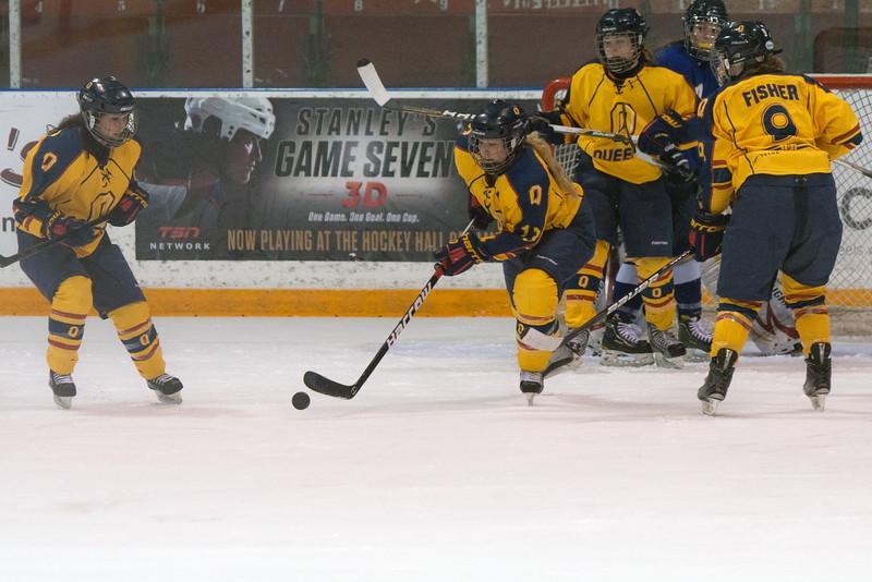 20130310 QWHockeyvsUBC 456.jpg